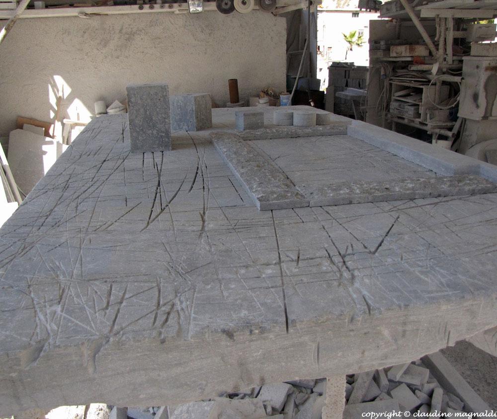 Lavori in pietra reggina o pietra di lazzaro - Prezzi tavoli di lazzaro ...